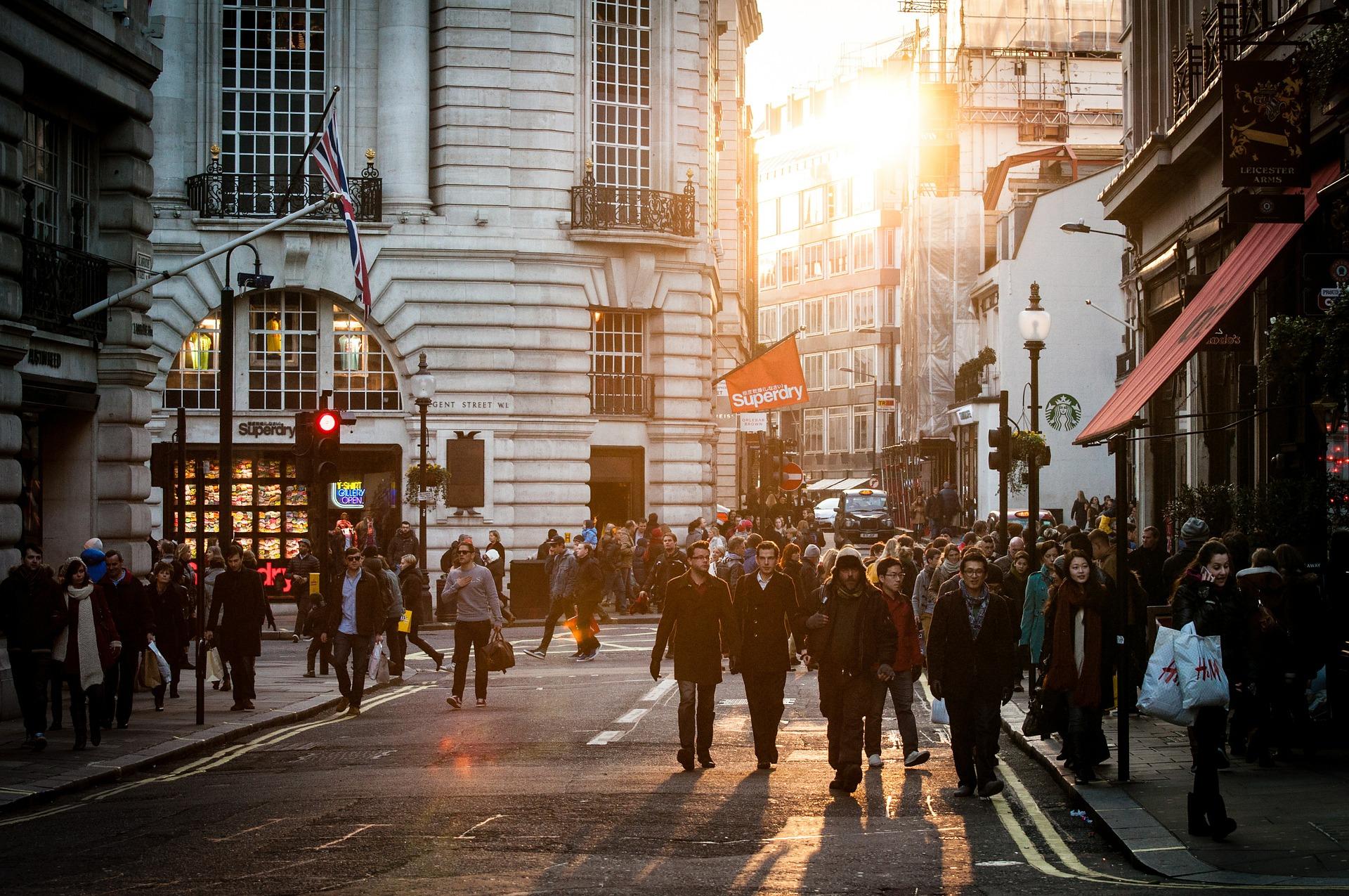 Desemprego recua para 11,9% no terceiro trimestre de 2018