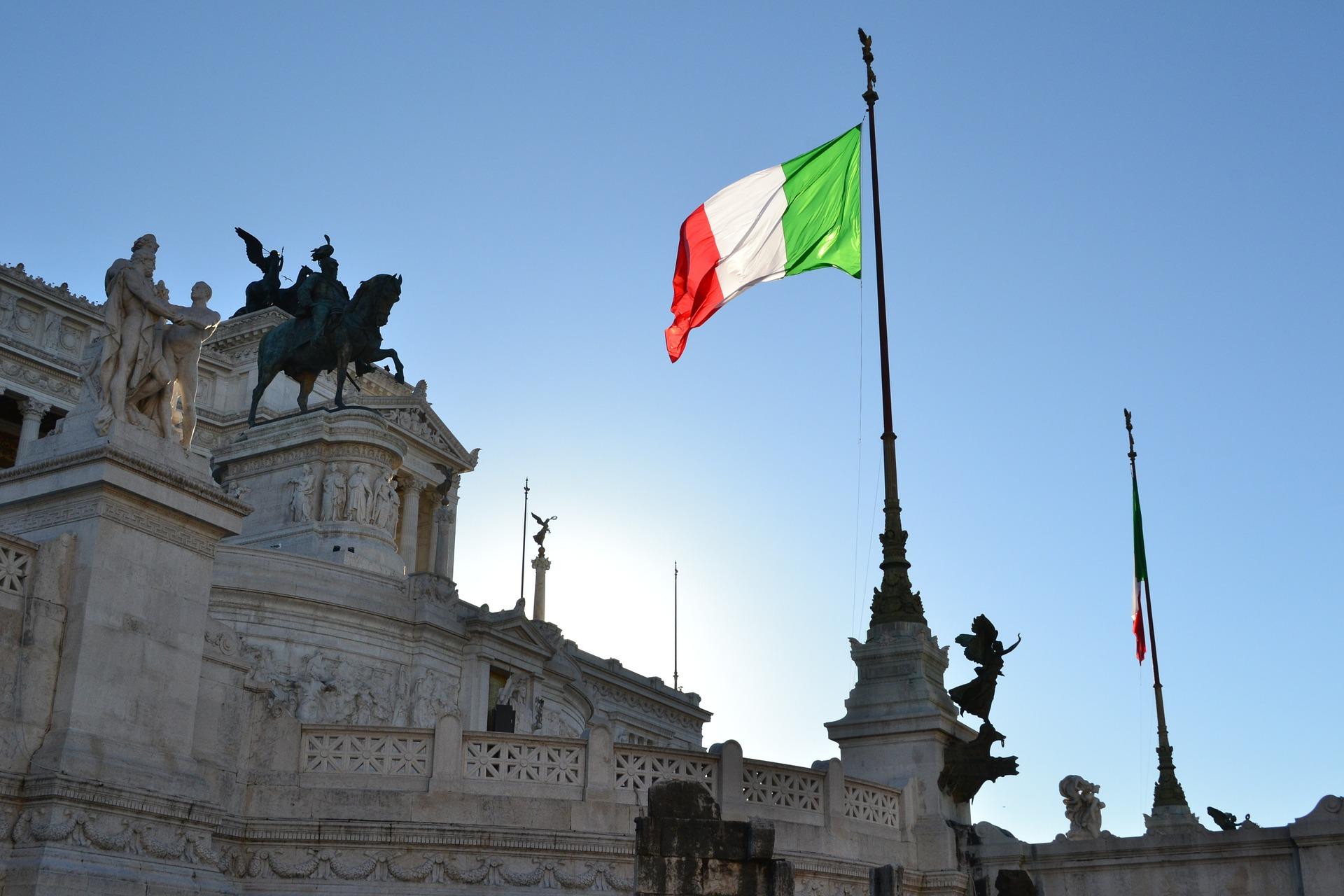 Itália diz que manterá o plano orçamentário e contraria UE