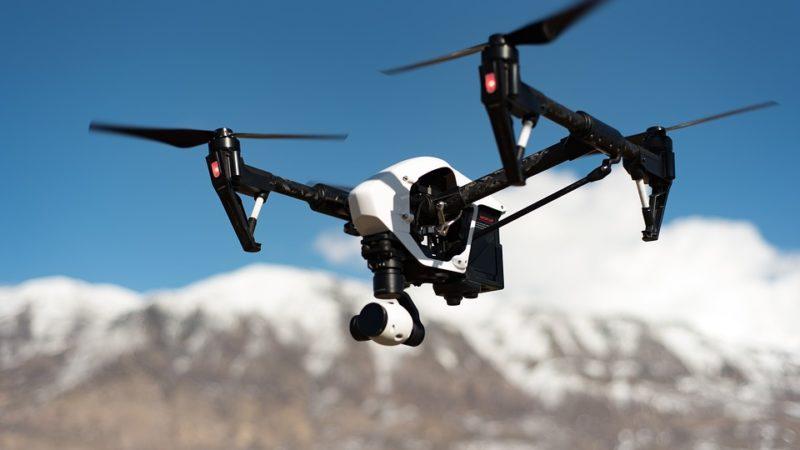iFood inicia testes de entrega por meio de drones e patinetes elétricos