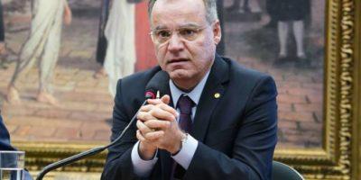Relator propõe maior tributo aos bancos para manter economia em R$1 trilhão
