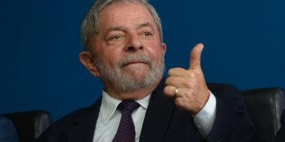 Defesa de Lula pede ao STJ que ex-presidente cumpra pena em casa