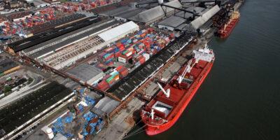 Petrobras inicia o abastecimento dos navios iranianos