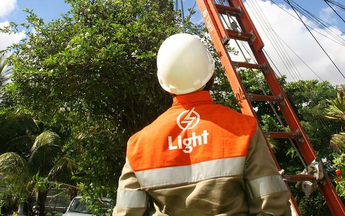 Light (LIGT3) irá emitir R$ 850 milhões em debêntures