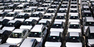Produção de veículos no Brasil cai 50,5% no semestre, diz Anafavea