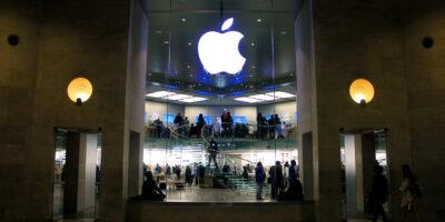 Apple bate US$ 100 bi em receitas apoiada em vendas de iPhone; ações afundam