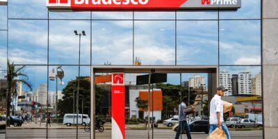 Ibovespa abre em queda de 0,61% puxada pelo Bradesco (BBDC4) após balanço