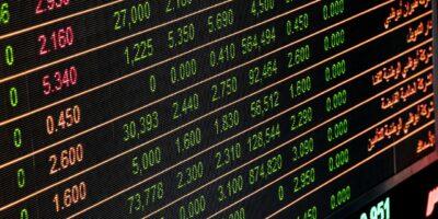 Ibovespa sobe 1,4% com agito da agenda econômica externa; Banco Pan (BPAN4) dispara 7%