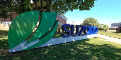 Suzano (SUZB3) convoca AGE para tentar retomar pagamento de dividendos