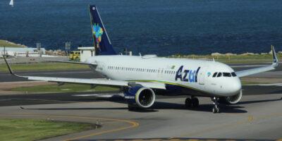 Azul (AZUL4) e Emirates Airlines irão compartilhar voos a partir do dia 25