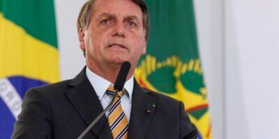 Com tensão de greve dos caminhoneiros, Bolsonaro fala em zerar PIS-Cofins do diesel