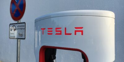 Tesla (TSLA34) pode voltar a aceitar Bitcoin, diz Elon Musk