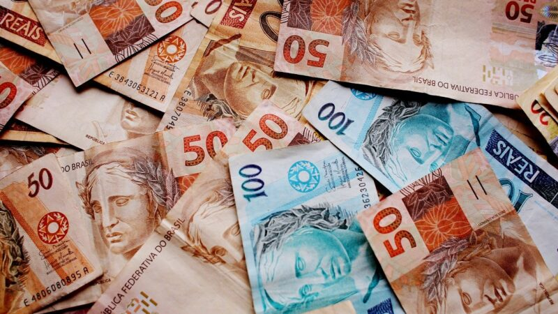 Auxílio Brasil pode gerar perda para 37% dos beneficiários do Bolsa Família