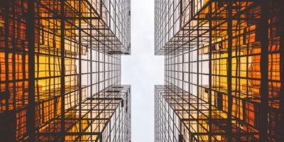 VISC11, RBRD11: Veja os 5 fundos imobiliários que mais caíram no mês