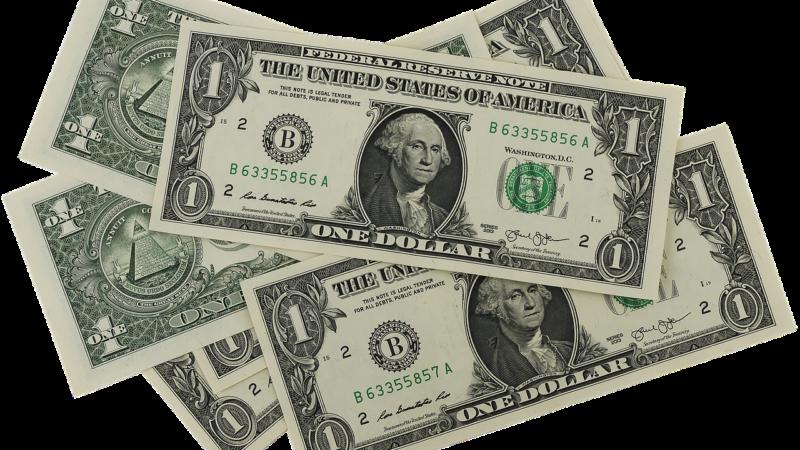 Dólar fecha em alta após inflação nos EUA abaixo do esperado