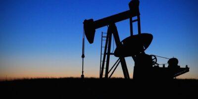 Ibovespa abre estável e petróleo puxa altas; PetroRio (PRIO3) sobe 5%