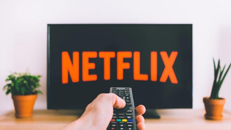 Nem Netflix escapa da inflação; assinatura encareceu e pode custar até R$ 55,90