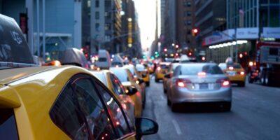 Falta de semicondutores volta a frear venda de automóveis