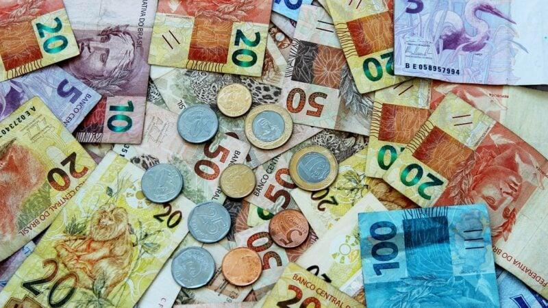 Tributação de dividendos: Quem ganha até R$ 20 mil por mês poderá ser poupado