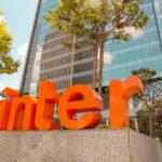 Ibovespa abre em queda; Banco Inter (BIDI11) cai 3% com notícias sobre a Stone