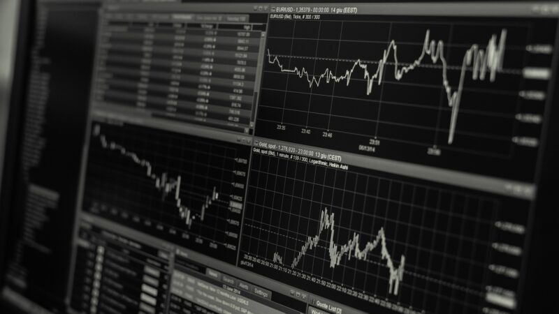 IPCs, PIB da China e indicadores do setor de serviços: Confira os principais eventos da semana