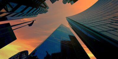 Veja os 5 fundos imobiliários que mais subiram em junho; HGRE11 se destaca