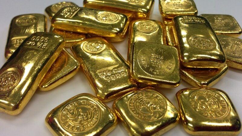 Ouro termina o dia com leve valorização antes de CPI dos EUA