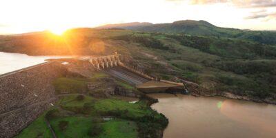 Neoenergia (NEOE3) paga R$ 220 milhões por participação da Previ em controladas