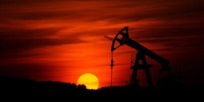 Petróleo: Emirados Árabes vencem entrave com Arábia Saudita e Opep+ encontra acordo