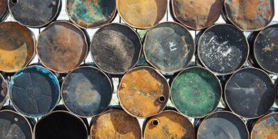 Petróleo fecha em alta com recuperação após perdas de ontem