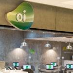 A venda de ativos móveis da Oi (OIBR3) começou a a andar, e o Banco Inter (BIDI4) despencou no Ibovespa.