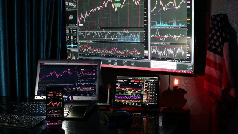 S&P 500 futuro avança com recuperação do preço do petróleo