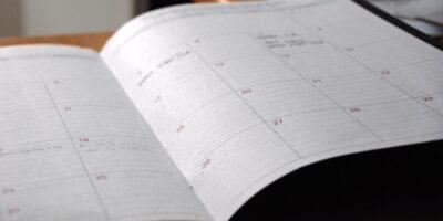 Setor de serviços e desemprego no Reino Unido: Veja os 5 principais eventos da semana