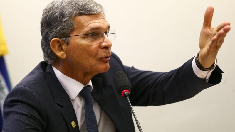 Crise hídrica deve durar até novembro, diz Silva e Luna, da Petrobras (PETR4)