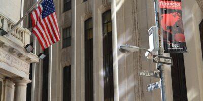 S&P 500 cai 0,1% após sell-off, com Evergrande e Fed no radar